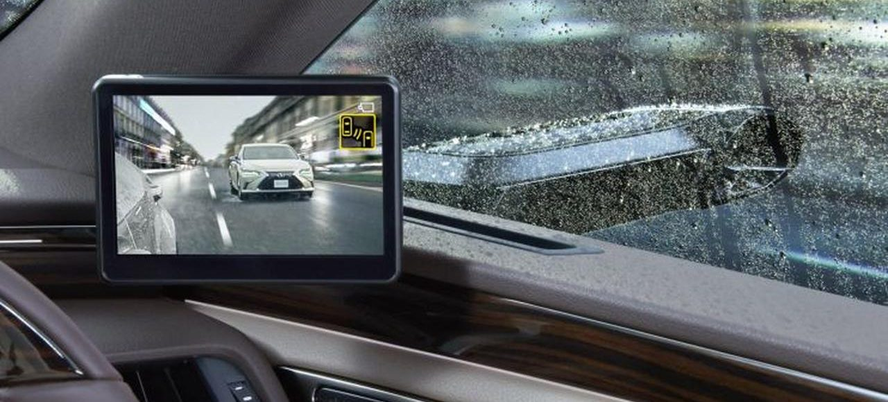 Futuristik, Sedan Mewah Toyota Gunakan Kamera Sebagai Spion